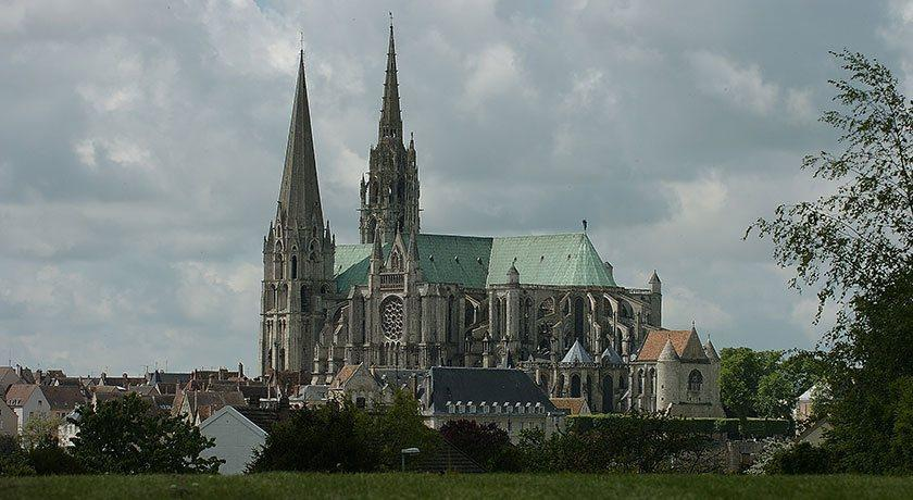 Transfers from/to Chartres